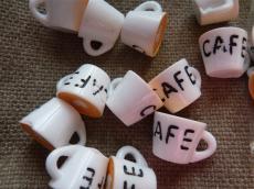 akril kávésbögre medál másodosztályú