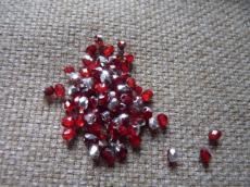 3 mm csiszolt piros-ezüst 50 db