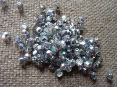 csiszolt gyöngy 4 mm crystal silver rainbow 50 db