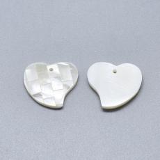 szív alakú kagyló medál mozaikos