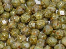 csiszolt gyöngy 6 mm: barnászöld lüszteres telt fehér 25 db