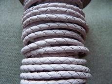 4 mm fonott bőrszál világos rózsaszín 1 cm