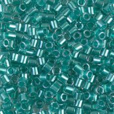 DBL0904 sparkling aqua green lined crystal 8/0 5 g