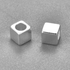 3 x 3 mm rozsdamentes acél ezüst színű kocka köztes 5 db