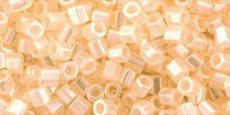 Toho 8/0 hexagon ceylon lt. ivory 10 g