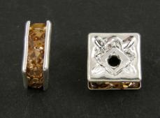 strasszos négyzet rondell 6 mm: világosbarna