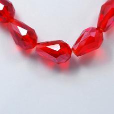 csepp alakú gyöngy 11 mm: áttetsző piros lüszteres 10 db
