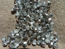 csiszolt gyöngy 6 mm ezüst wax 25 db