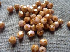 csiszolt gyöngy 6 mm fehér-barna travertin 25 db