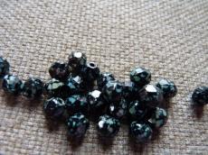csiszolt gyöngy 6 mm fekete travertin 25 db
