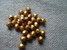 csiszolt gyöngy 6 mm matt sárgás-bronz 25 db