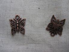 antik vörösréz pillangó fityegő 12 db/u