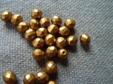 csiszolt gyöngy 8 mm matt sárgás-bronz 20 db