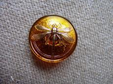 Cseh üveggomb szitakötős topáz-arany