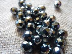 csiszolt gyöngy 8 mm: fekete-króm 20 db