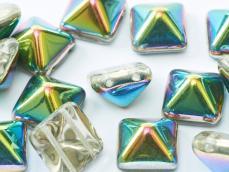 dupla lyukú préselt pyramid kristály-vitrail