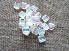 Dupla lyukú préselt négyzet kristály AB 20 db