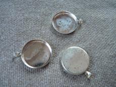 ezüst színű medál alap kerek ragasztható másodosztályú
