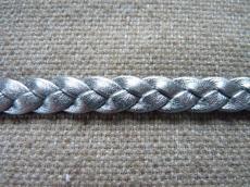 fonott bőr karkötő alap metál sötét ezüst 1 cm