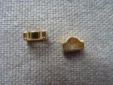 félkör alakú bőrhöz köztes arany