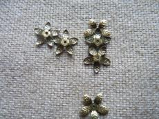 gyöngykupak: 15 mm leveles réz színű 20 db