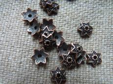 gyöngykupak: antik vörösréz színű csillag 10 db