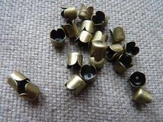 gyöngykupak: harang alakú antik réz színű 10 db
