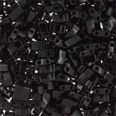 miyuki half tila telt fekete kb. 2,5 g