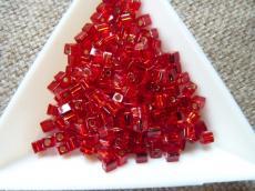 miyuki kocka ezüst közepű ruby 10 gr