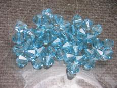 sw bichon 6 mm: aquamarine Xilion