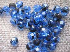 csiszolt gyöngy 6 mm: kék-fekete 25 db