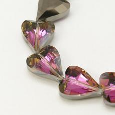szív alakú csiszolt gyöngy fekete wax 1 db