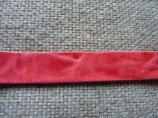 márványozott bőr karkötő alap piros 1 cm