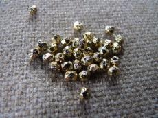 csiszolt gyöngy 4 mm crystal lept full brass 50 db