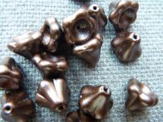virág alakú gyöngy nagyobb csoki wax 5 db