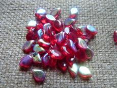 Pip gyöngy: áttetsző piros AB 20 db