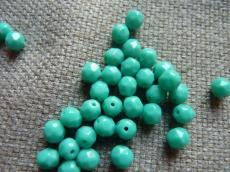 csiszolt gyöngy 6 mm: telt türkizzöld 25 db