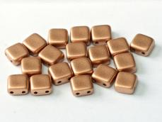 Dupla lyukú préselt négyzet matt metál vintage copper 20 db