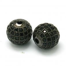 cirkonia kerek köztes 1 db fekete-felete kövekkel 10 mm