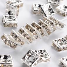 strasszos négyzet rondell 6 mm: kristály