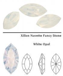 4228 Navette 15 x 7 mm white opal