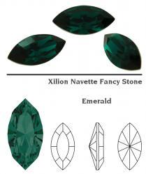 4228 Navette 15 x 7 mm emerald