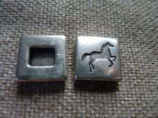 lovas/2 négyzet köztes bőrhöz 13 mm